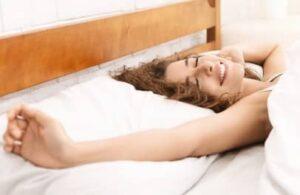 dormir bien gracias a melatonina