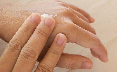 cremas para manos secas